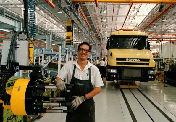 fabrica-scania-suecia